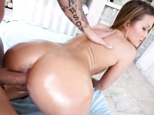Big Ass Teen Glamour Girl Oiled Up And Fucked