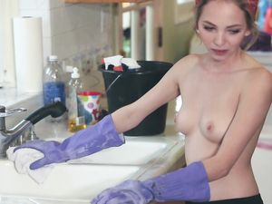 Doing The Dishes Topless To Tease The Horny Hunk
