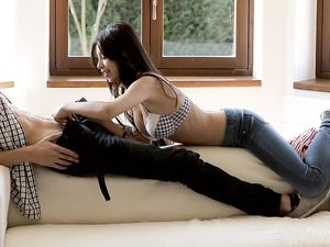Cocksucking Teenage Chick In Jeans Has Great Tits