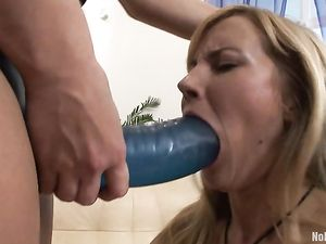 Extreme Strapon Fucking With Big Toys Pounding Holes