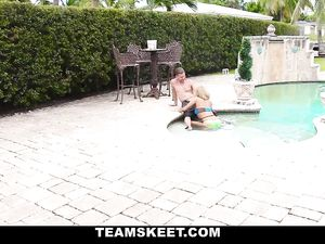 Big Ass Teenage Babe Fucking Poolside And Loving It