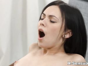 Erotic Teen Coupling With A Cock Riding Creampie
