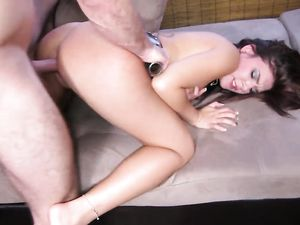 Dick Sucking Amateur Climbs On Him And Rides